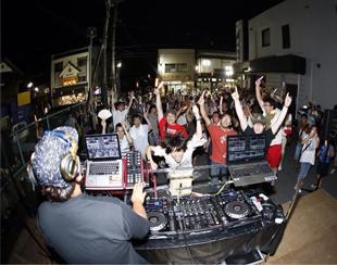 DJ R-yu@more